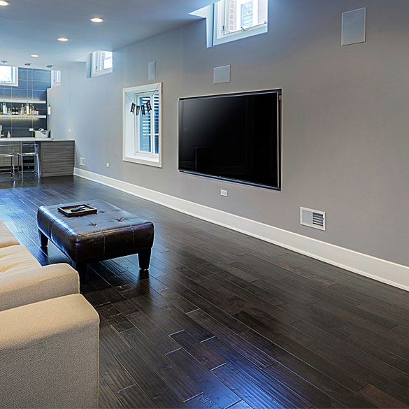 Flooring Face-Off: Engineered Flooring Vs. Hardwood