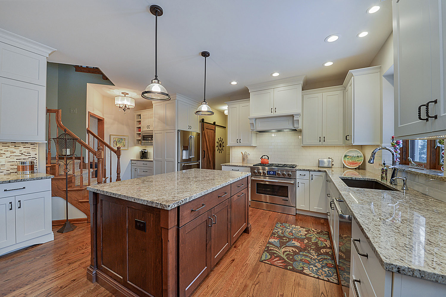 Patrick sharon 39 s kitchen remodel pictures home for Remodel design services