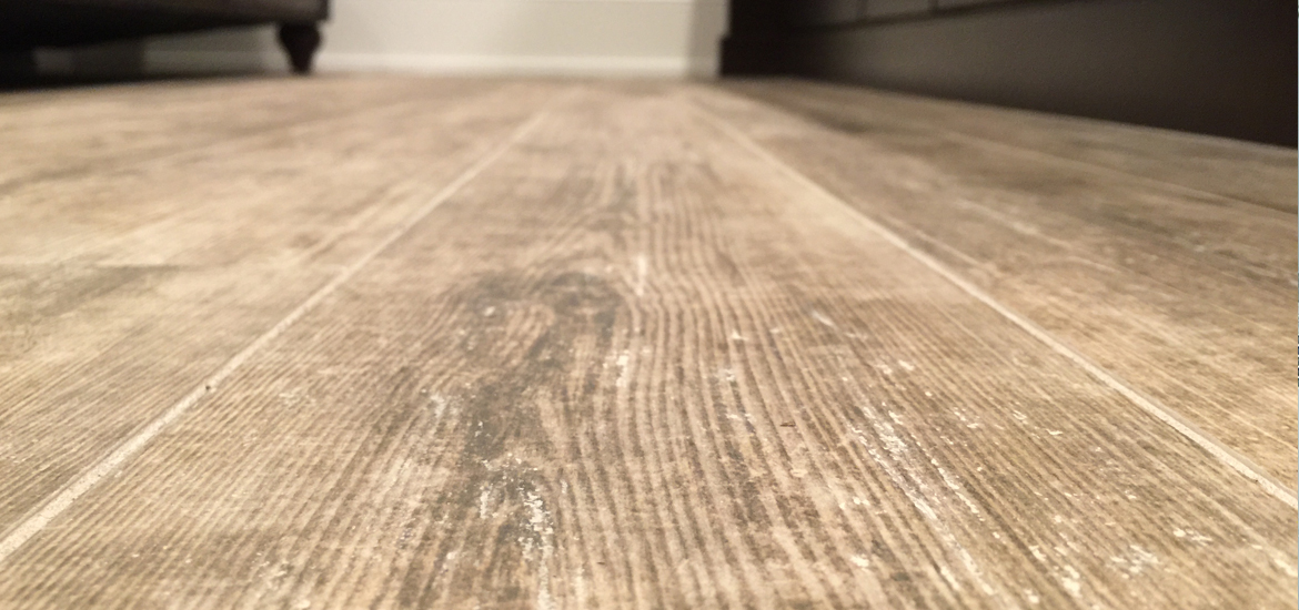 Tile That Looks Like Wood Vs Hardwood Flooring Home Remodeling - Cost of porcelain tile that looks like wood