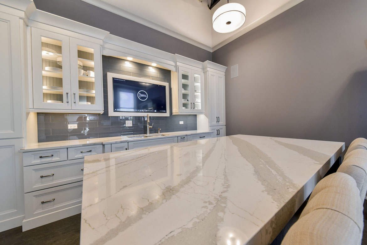 Naperville Showroom - Sebring Services
