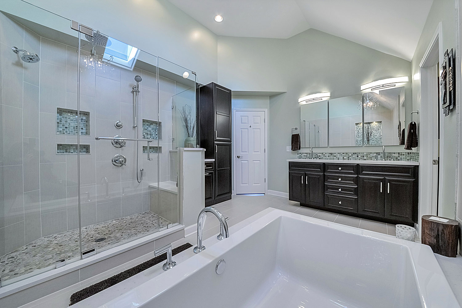 Steve nicolle 39 s master bathroom remodel pictures home for Bathroom remodeling services