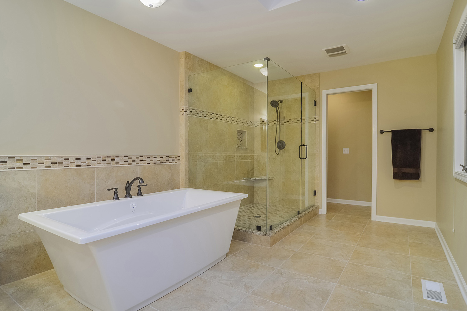 Bernard karan 39 s master bathroom remodel pictures home for Bathroom ideas with quartz