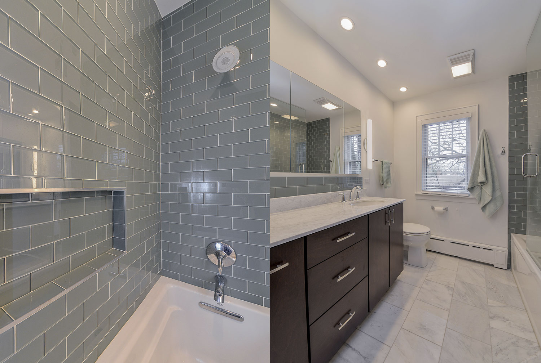 Cindy 39 S Master Bathroom Remodel Pictures Home Remodeling Contractors Sebring Design Build