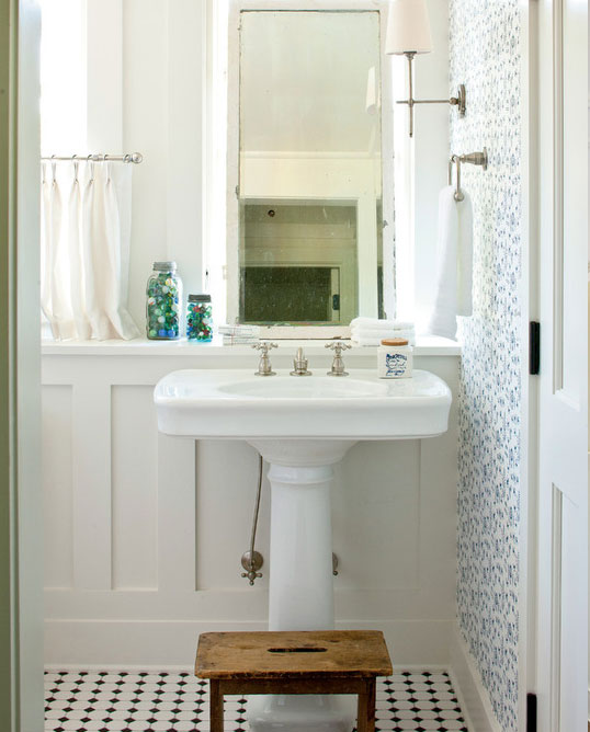 39 of the best wainscoting ideas for your next project - Bathroom remodel ideas with wainscoting ...