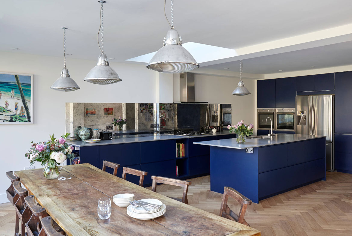 design trend: blue kitchen cabinets & 30 ideas to get you started