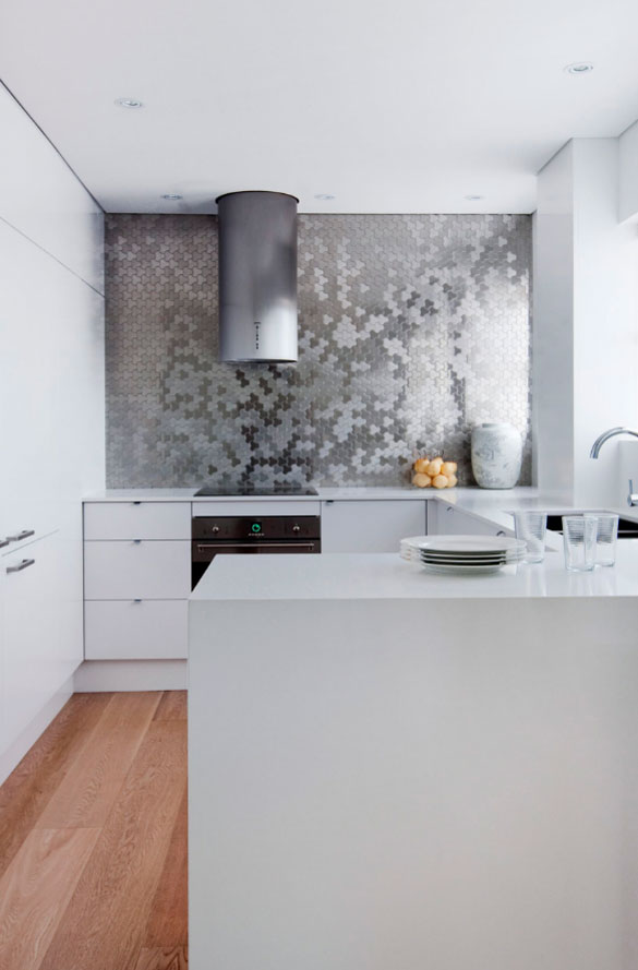 What Color Backsplash With White Kitchen Cabinets