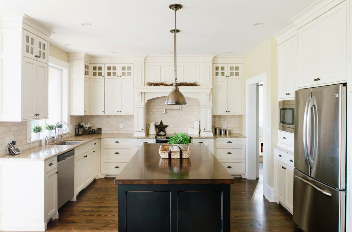 Images Of Kitchen With Off White Cabinets And Backsplashes