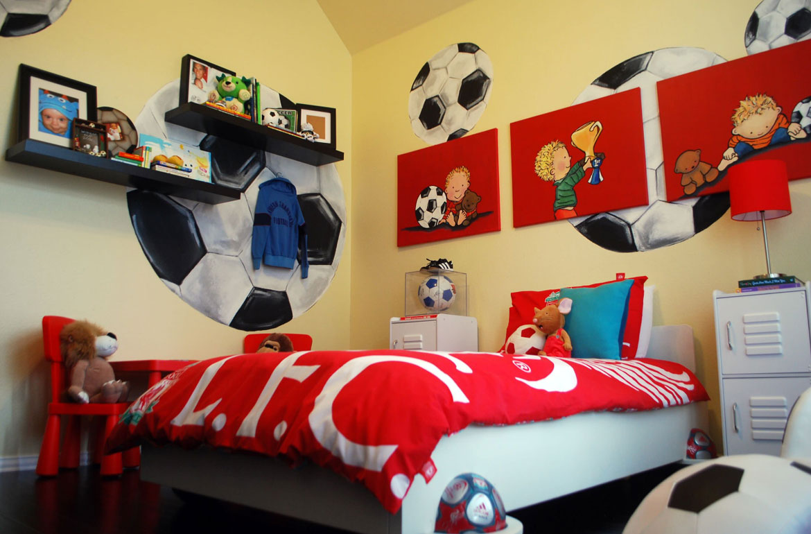 47 really fun sports themed bedroom ideas home for Fun room decor