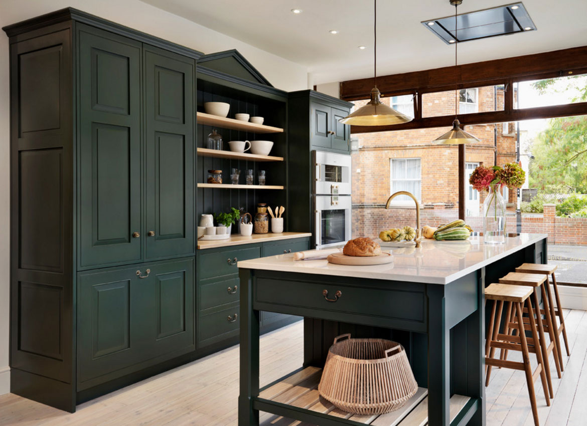 30 Classy Projects With Dark Kitchen Cabinets