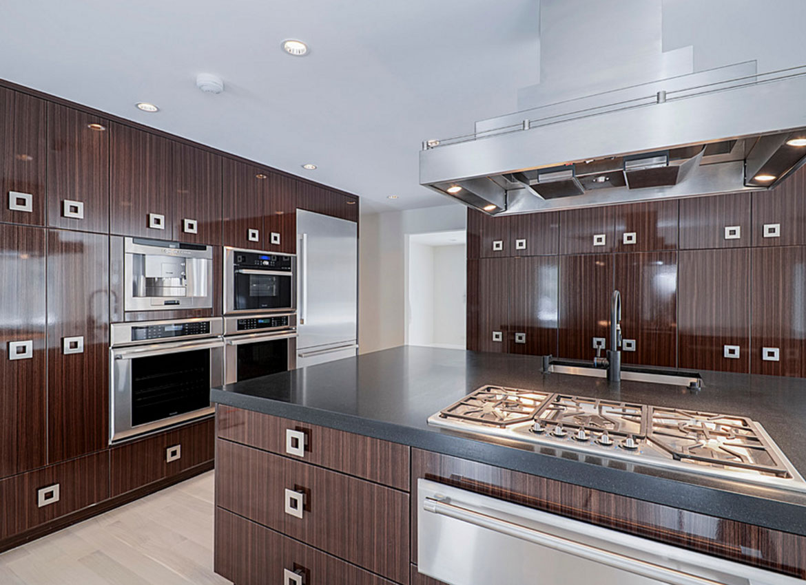 Rich Brown Kitchen Cabinets
