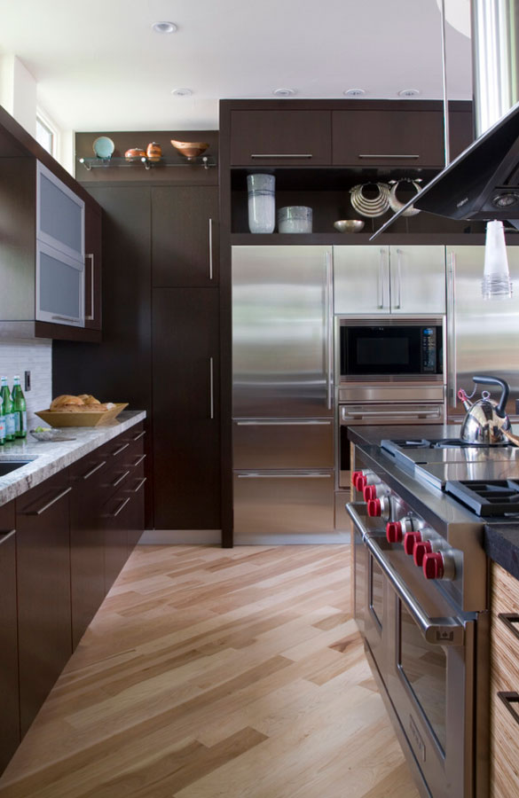 Dark Wood Floors Kitchen Cabinets