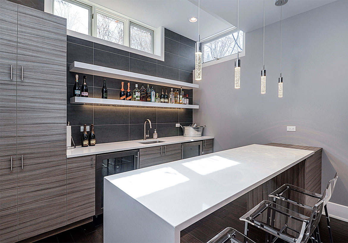 8 Top Trends in Basement Wet Bar Design for 2019 | Home ...