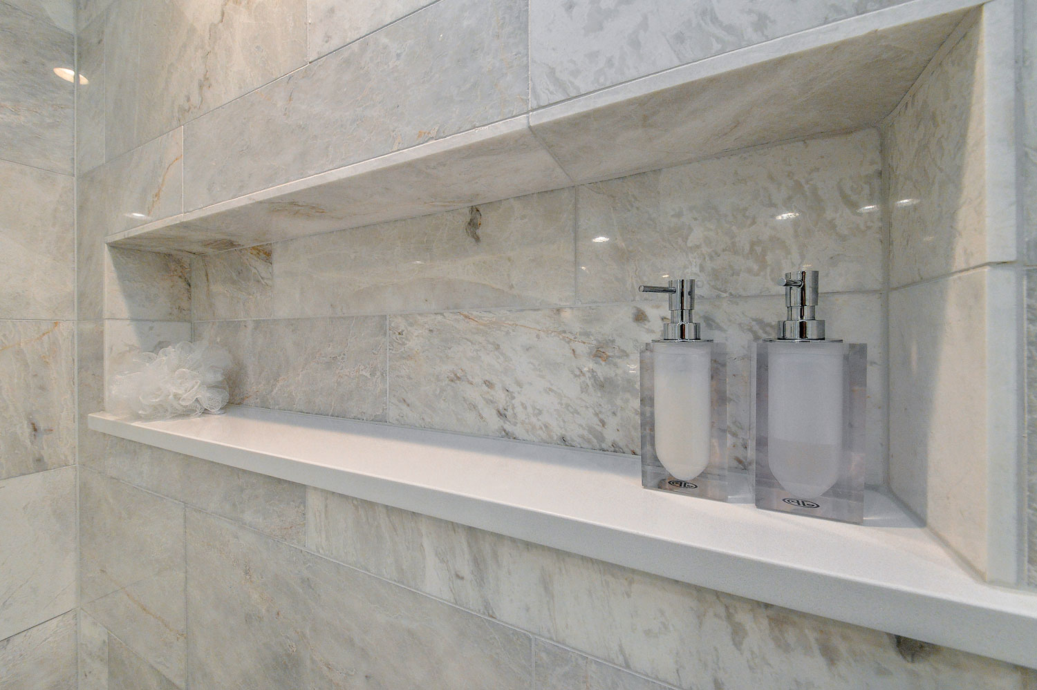 Bobby Lisas Master Bathroom Remodel Pictures Home Remodeling - Chicago bathroom remodeling company