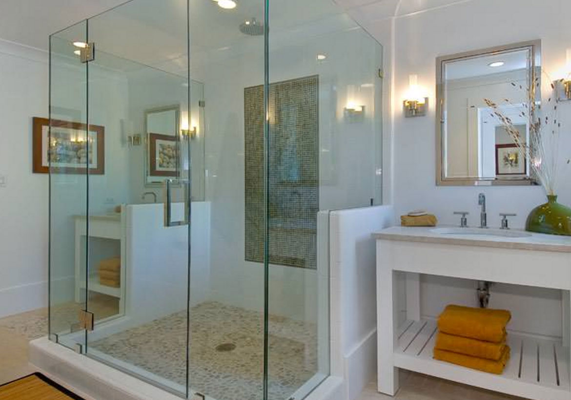37 fantastic frameless glass shower door ideas home for Frameless glass doors