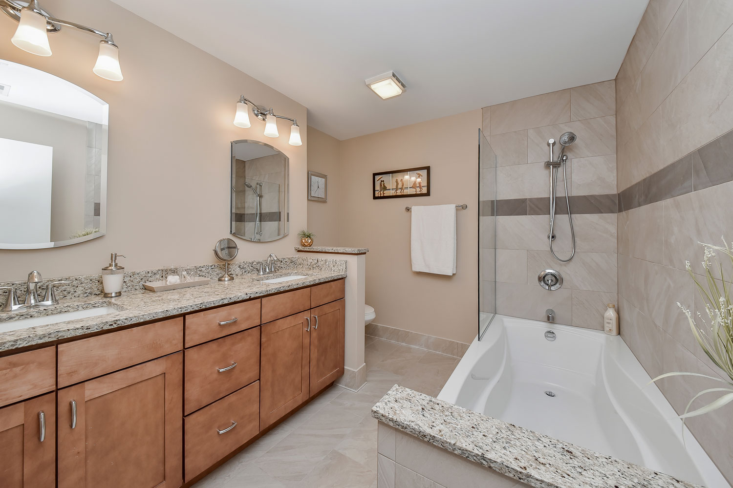 Barb 39 S Master Bathroom Remodel Pictures Home Remodeling