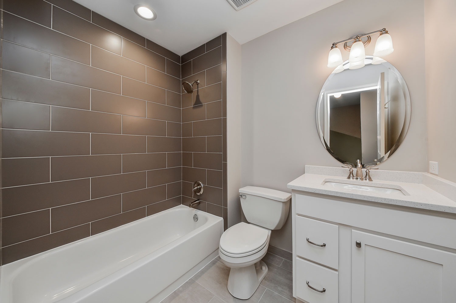 Charles cindy 39 s hall bathroom remodel pictures home for Bathroom contractors