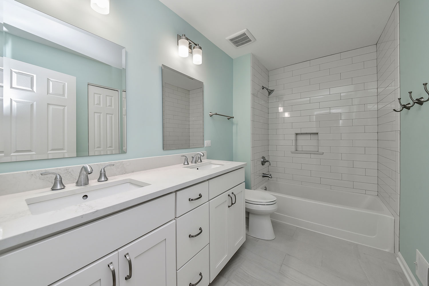 Pete mary 39 s hall bathroom remodel pictures home Bathroom remodeling services