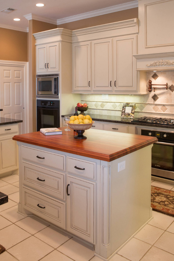 Warm Kitchen Design