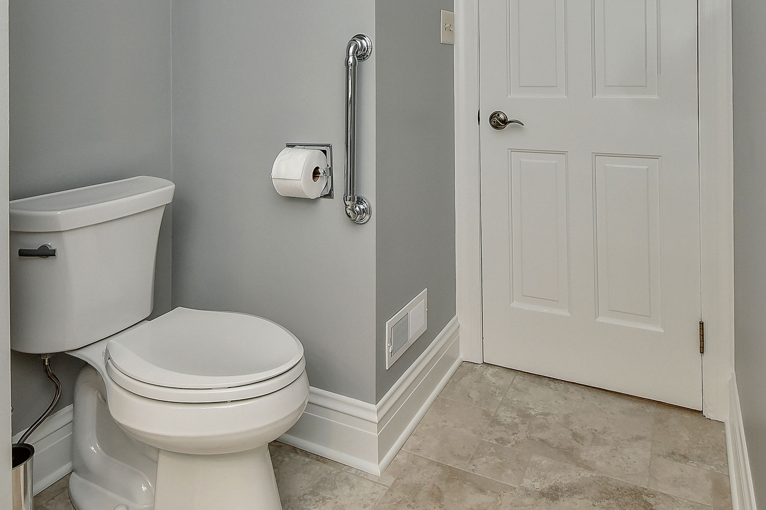Carl susan 39 s powder room remodel pictures home for Bathroom design service