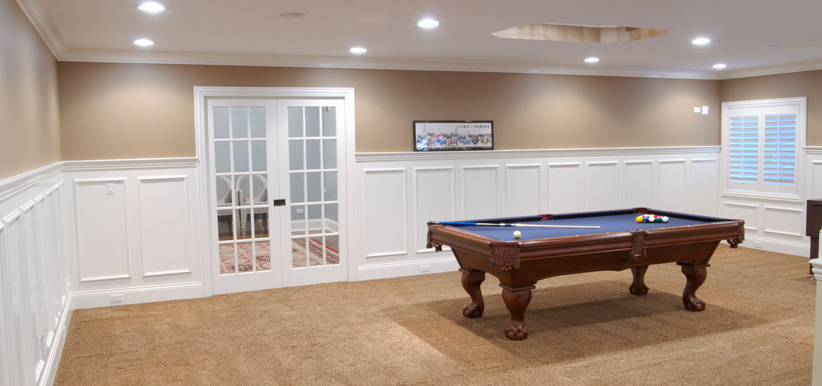 Gaming and pool table room sizes home remodeling for Average square footage of a pool