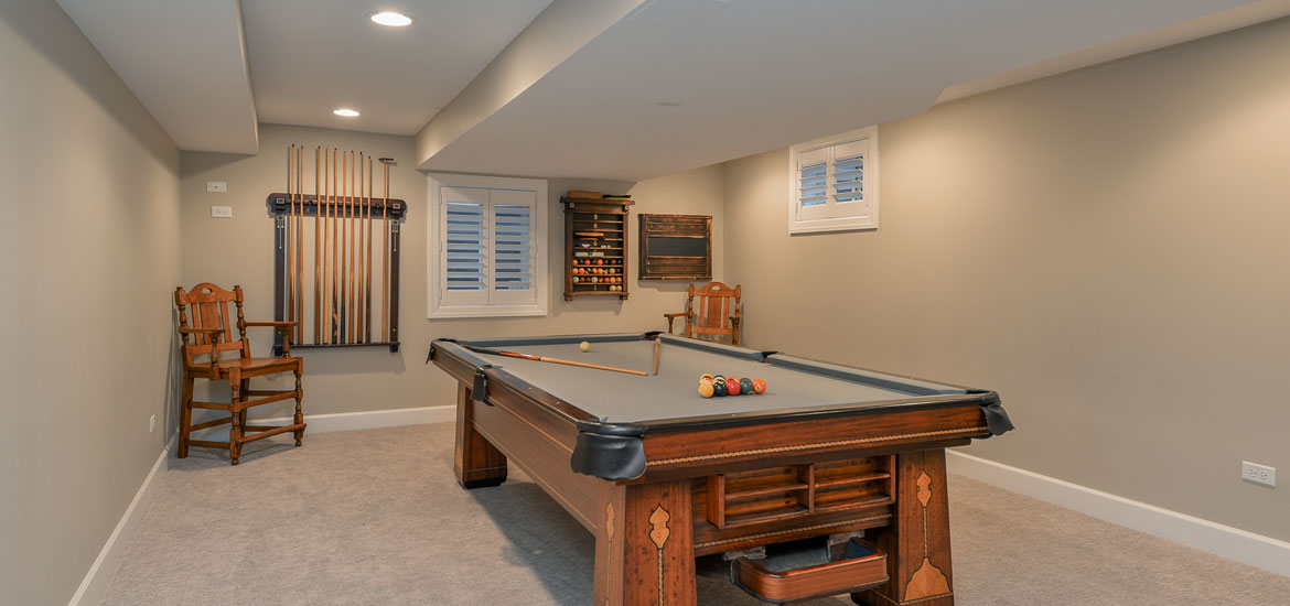 Gaming and pool table room sizes home remodeling for Square footage of a room