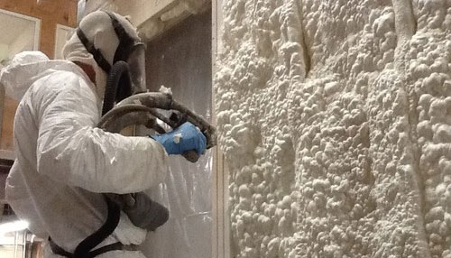 Spray Foam vs Fiberglass Insulation Options Guide | Home