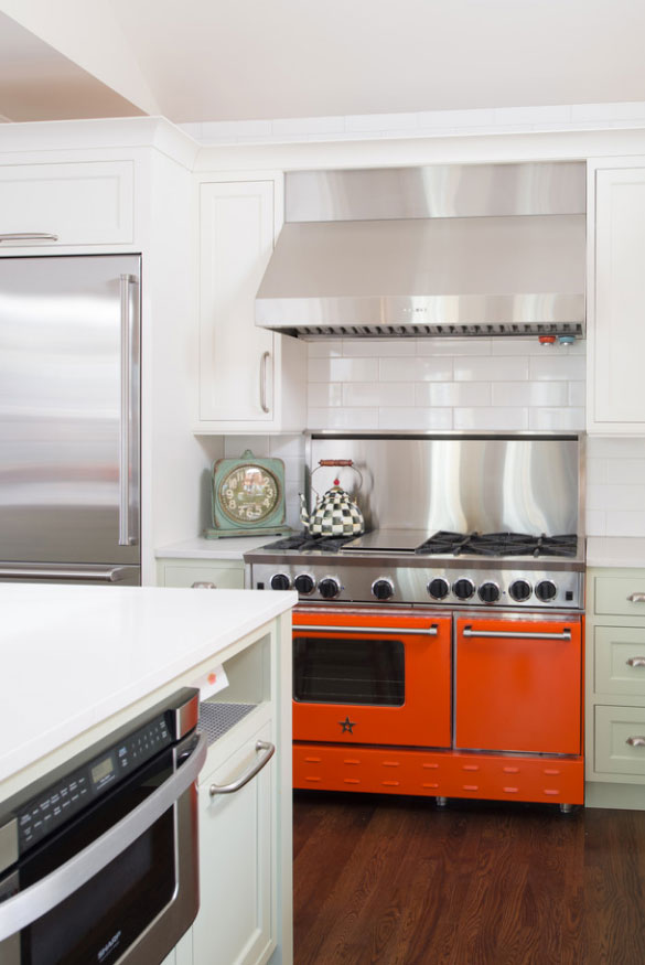 Trends in kitchen appliances color trendyexaminer for Latest trends in kitchen appliances