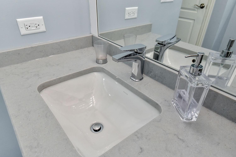 Naperville bathroom curbless modern - Sebring Design Build