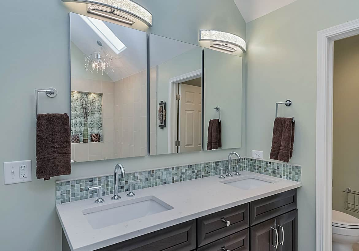 Picture of: Bathroom Mirrors That Are The Perfect Final Touch Home Remodeling Contractors Sebring Design Build