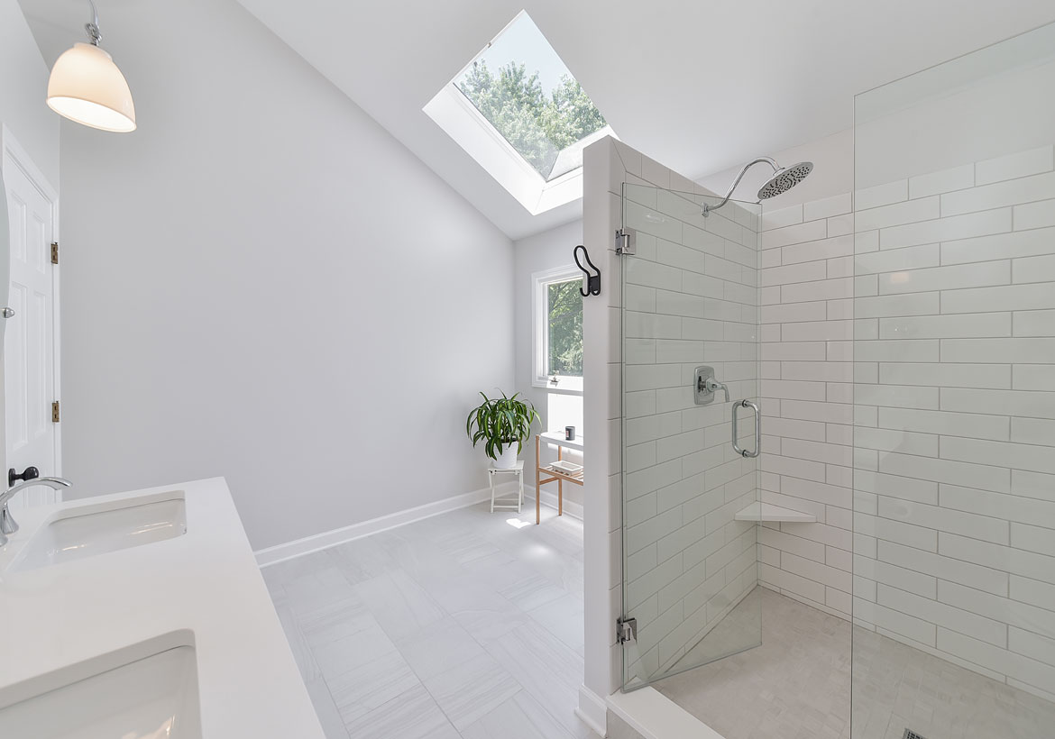Choosing the Perfect Glass Features for Your Home | Home Remodeling ...