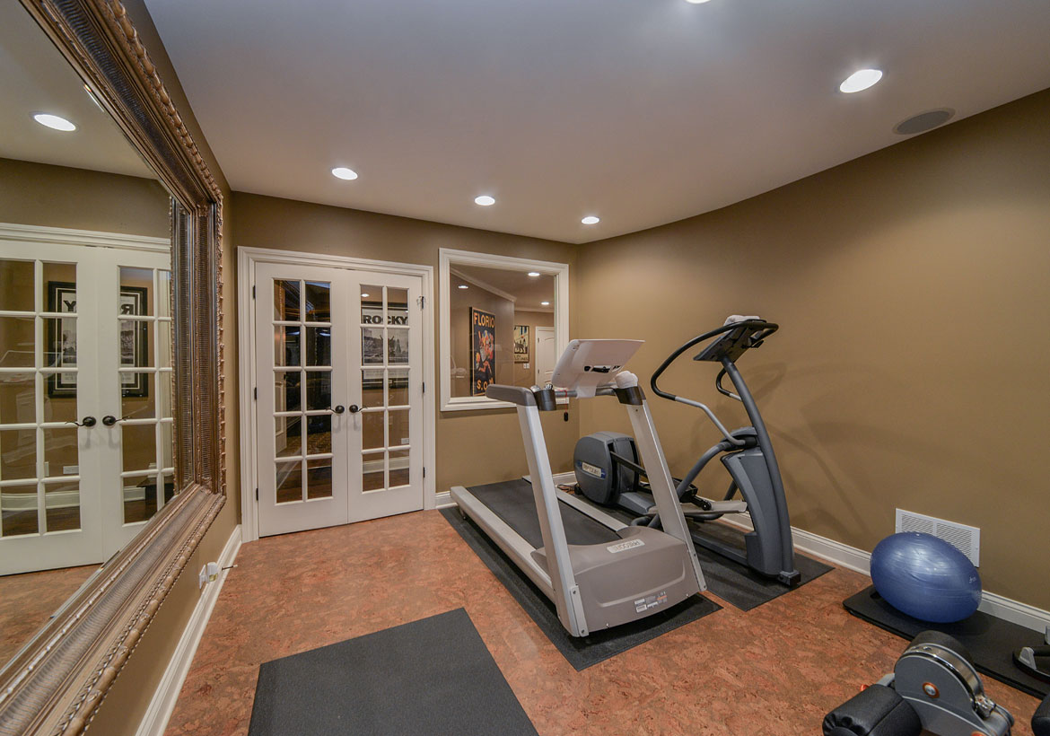 47 extraordinary home gym design ideas home remodeling for Small exercise room