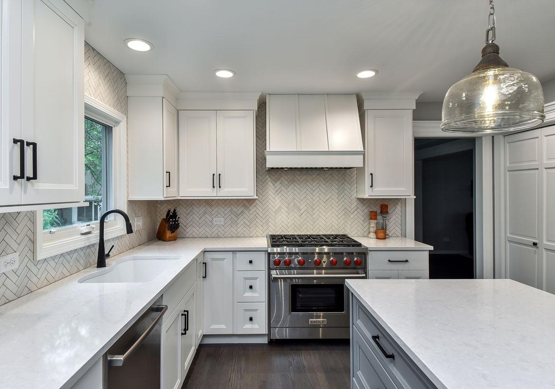 Fresh-White-Kitchen-Cabinets-Ideas-to-Brighten-Your-Space