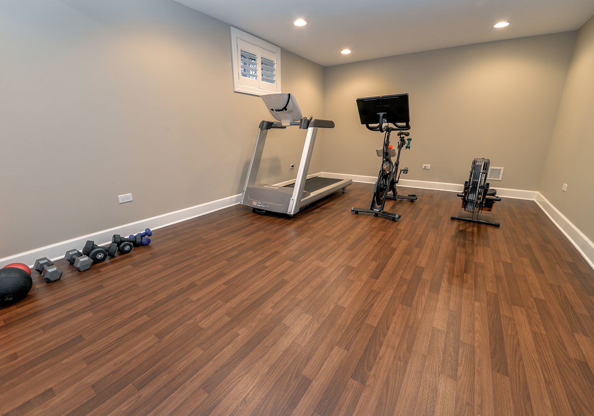Best Home Gym Flooring & Workout Room Flooring Options