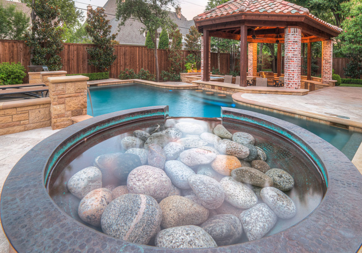 16 Invigorating Backyard Pool Ideas & Pool Landscapes Designs