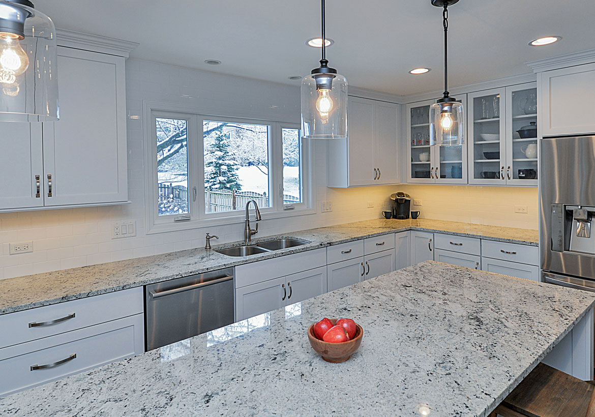 Quartz vs. Quartzite Countertops PLUS Quartzite Pros & Cons | Home ...