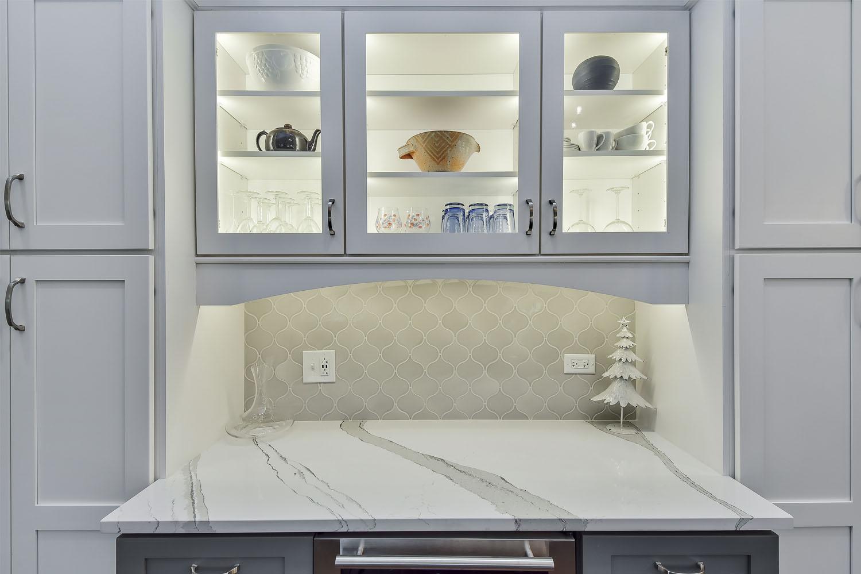 Kitchen-Bar-Cabinets-Lisle-IL-SebringDesignBuild