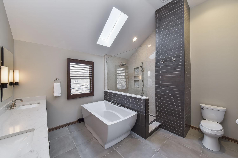 Naperville-Master-Bath_Sebring-Design-Build