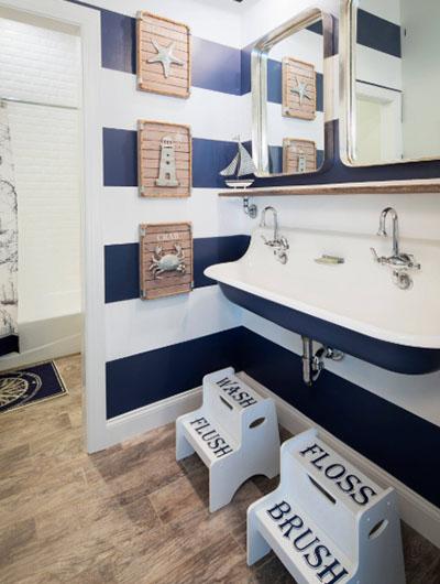 31 Nautical Coastal Beach Bathroom