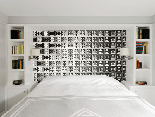 Black and White Bedroom 10