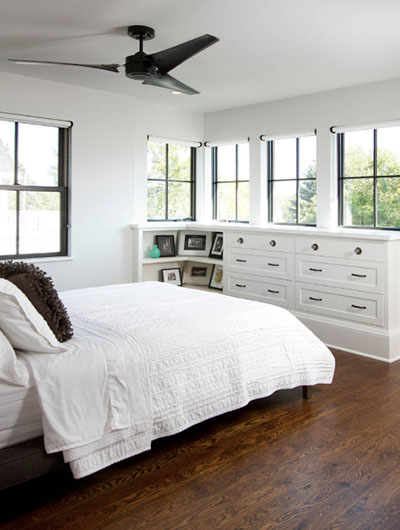 Black and White Bedroom 4