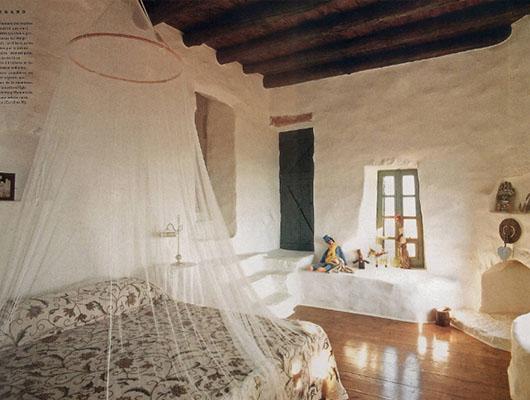 Brown-Bedroom-3-Sebring-Design-Build