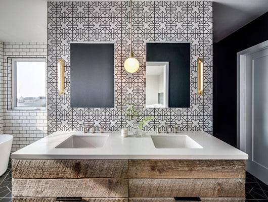 Farmhouse-Bathroom-18-Sebring-Design-Build