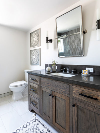 Farmhouse-Bathroom-19-Sebring-Design-Build