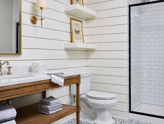Farmhouse-Bathroom-20-Sebring-Design-Build