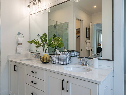 Farmhouse-Bathroom-22-Sebring-Design-Build