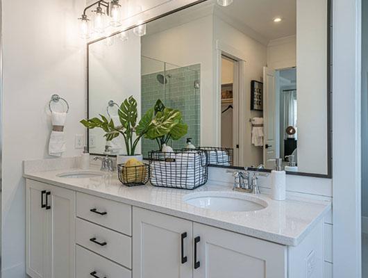 Farmhouse-Bathroom-22-Sebring-Design-Build