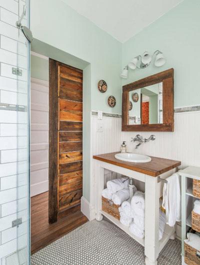 Farmhouse-Bathroom-4-Sebring-Design-Build