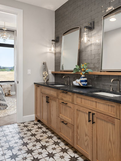 Farmhouse-Bathroom-9-Sebring-Design-Build