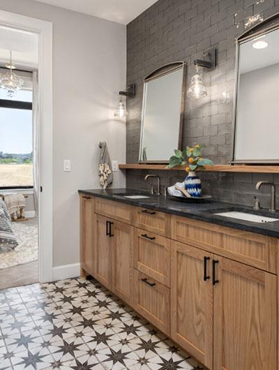 Farmhouse-Bathroom-9-Sebring-Design-Build