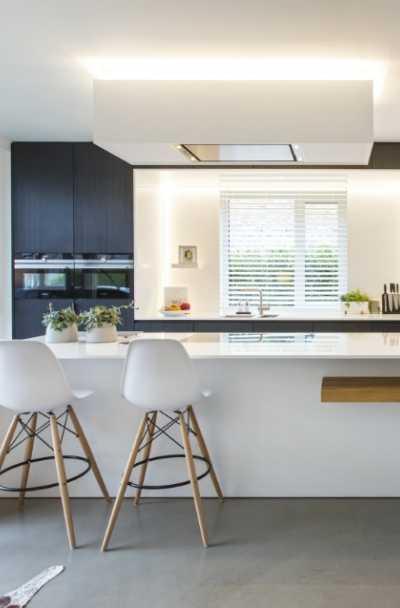 black-and-white-kitchen-cabinet-ideas